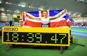 Tom Bosworth sets a new British record in the Men's 5000m walking event.